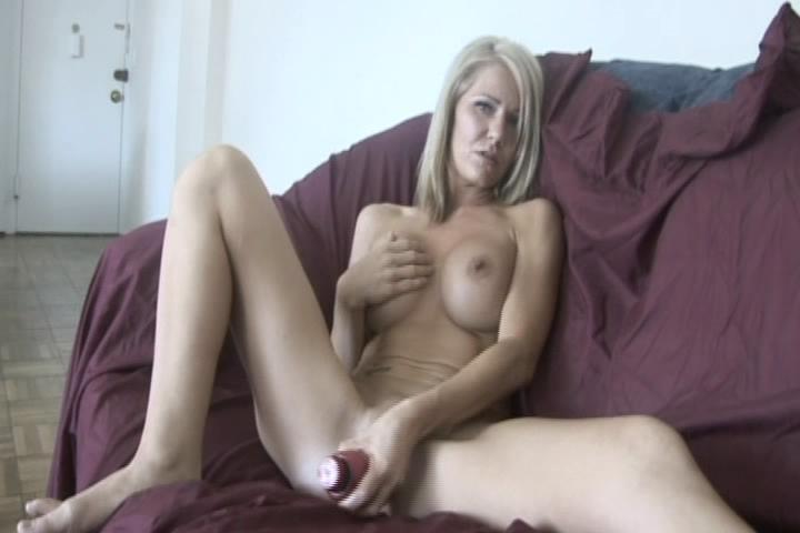 Ashley Winters in Home Made Masturbation 5