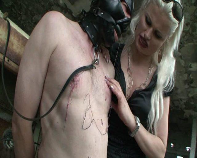 Syonera Von Styx in Gnadenlos