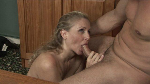 Julia Ann, Toni Ribas in Office Seductions 2