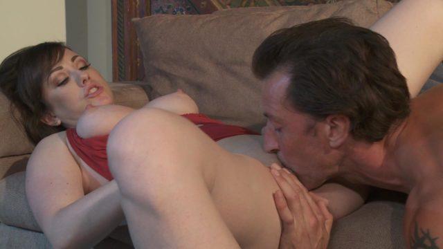 Jennifer White, Tony De Sergio in Breaking Up