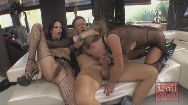 Mia, Michelle, Rocco Siffredi Slutty Girls Love Rocco 5