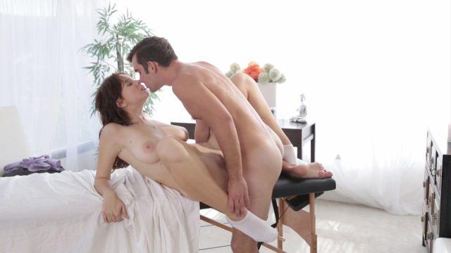 Logan Pierce, Marina Visconti in The Masseuse 8