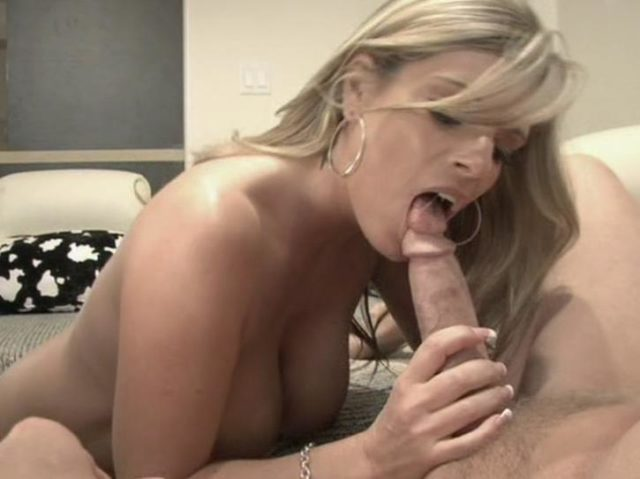 Kristal Summers in It's A Mommy Thing 3