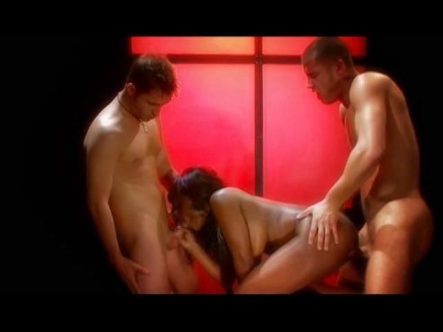Danny Mountain, Jada Fire, Kris Slater in Erotic Enchantment