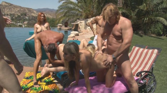 Elena Koshka, Kagney Linn Karter, Tony De Sergio in Neighborhood Swingers 17