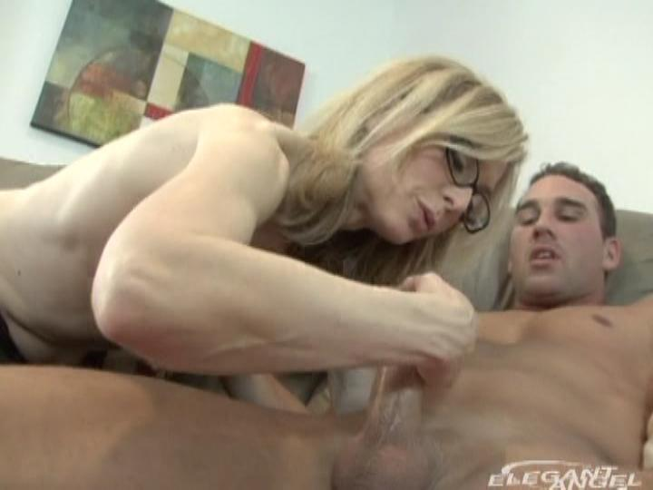 CJ, Nina Hartley in It's A Mommy Thing
