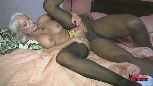 Sally D'Angelo in Black Hooker