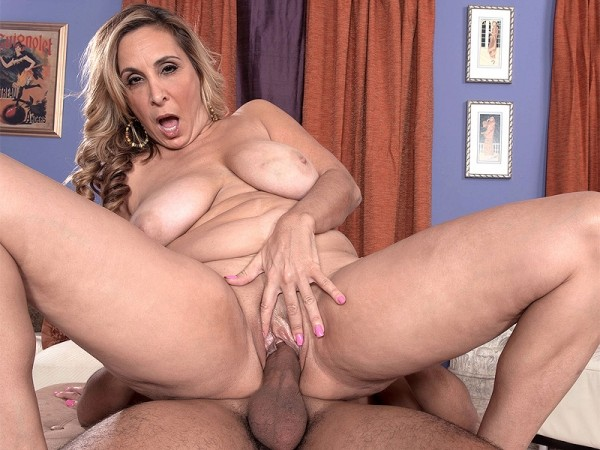 Sophia Jewel in Ass-fucked, big-titted 43-year-olds are a man's best friend