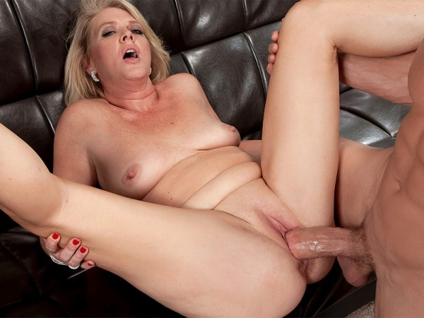 Kay DeLynn in This creampie begins with Kay
