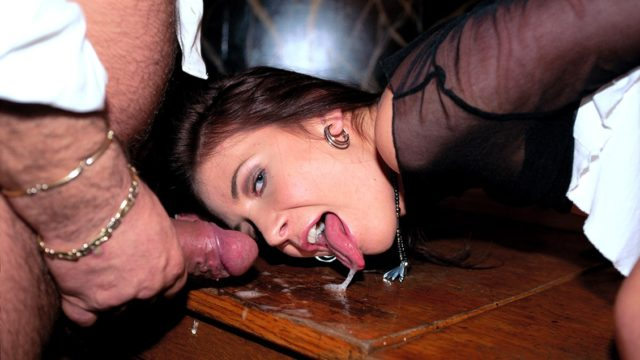 Thalia in Horny Waitress Thalia Screws Two Customers and the Boss