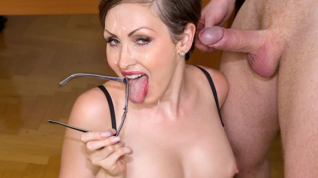 Yasmin Scott in Yasmin Scott MILF and Secretary Gets Cum on Her Glasses